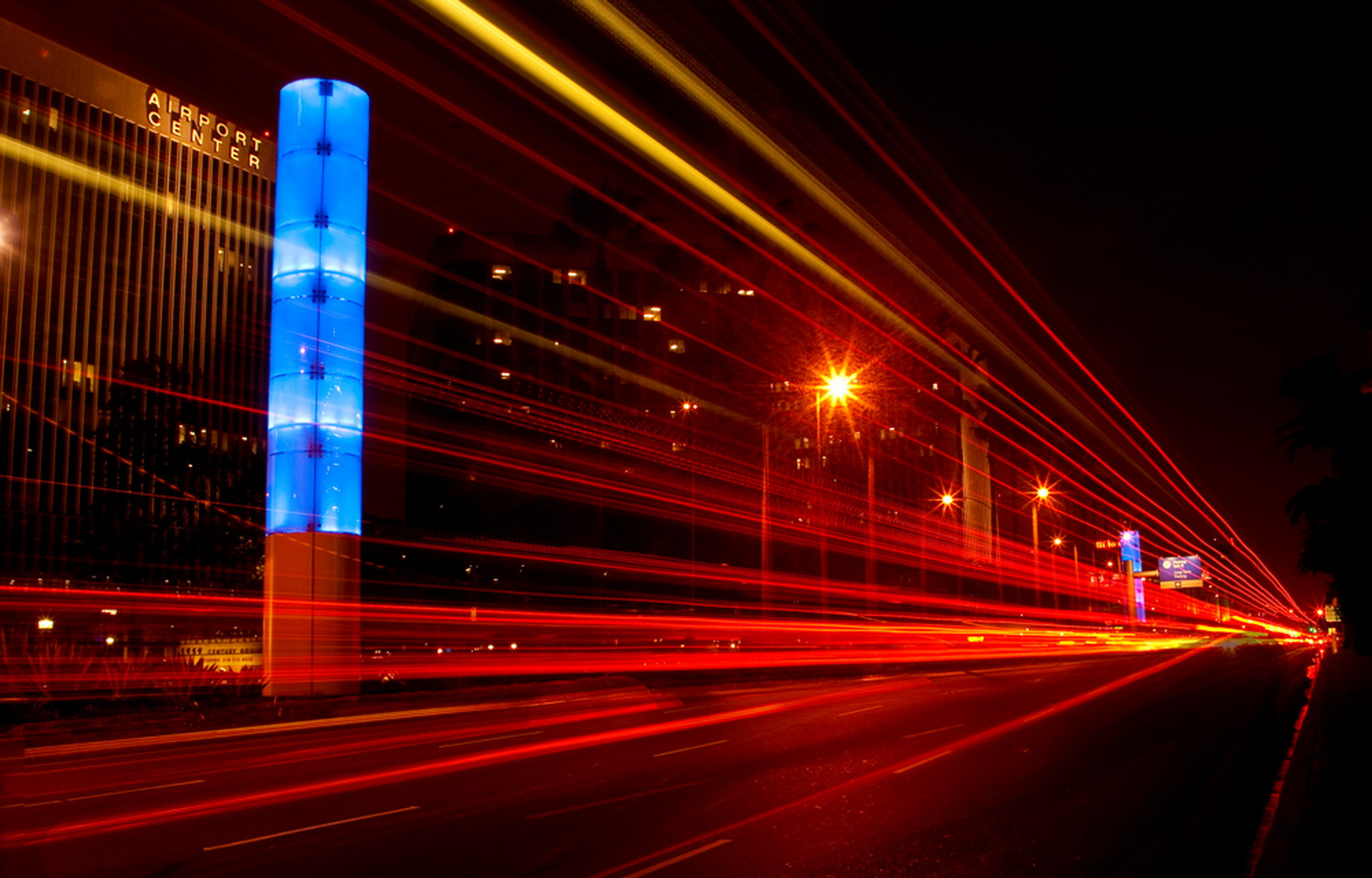 Gateway-LA-street-lights-at-night-at-road-level