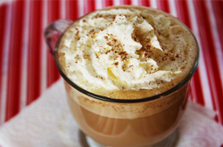 Starbucks-eggnog-latte-recipe-in-mug-and-hot-t