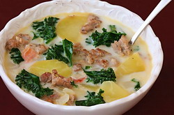Olive Garden zuppa Toscana soup copycat recipe and low fat healthy recipe, cooked and ready to eat